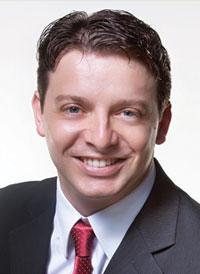 Dr. Marcelo Rovaris